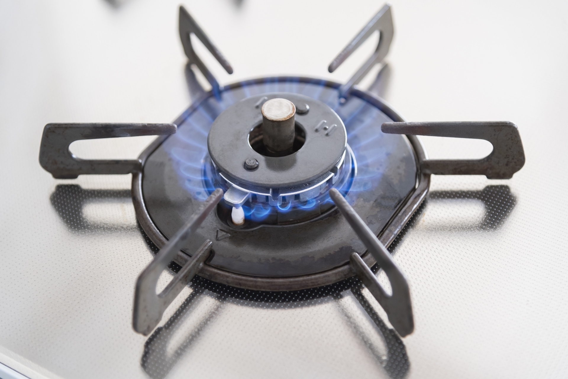 ガスコンロに火がつかないときの原因と対処法7つ