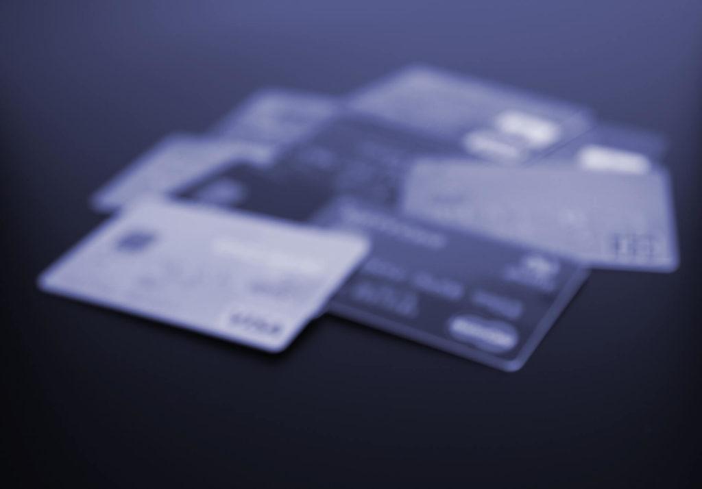 お得なクレジットカード払いの落とし穴・リボ払いとは?