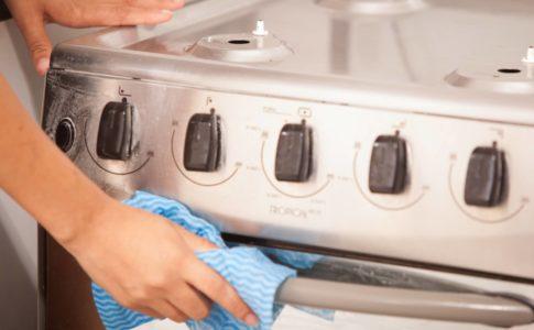 引っ越しのときガスコンロはどうすれば良い?取り外し・設置方法を紹介